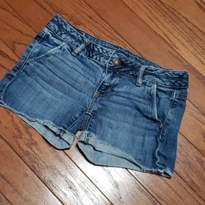 American Eagle Outfitters jean shorts raw hemline